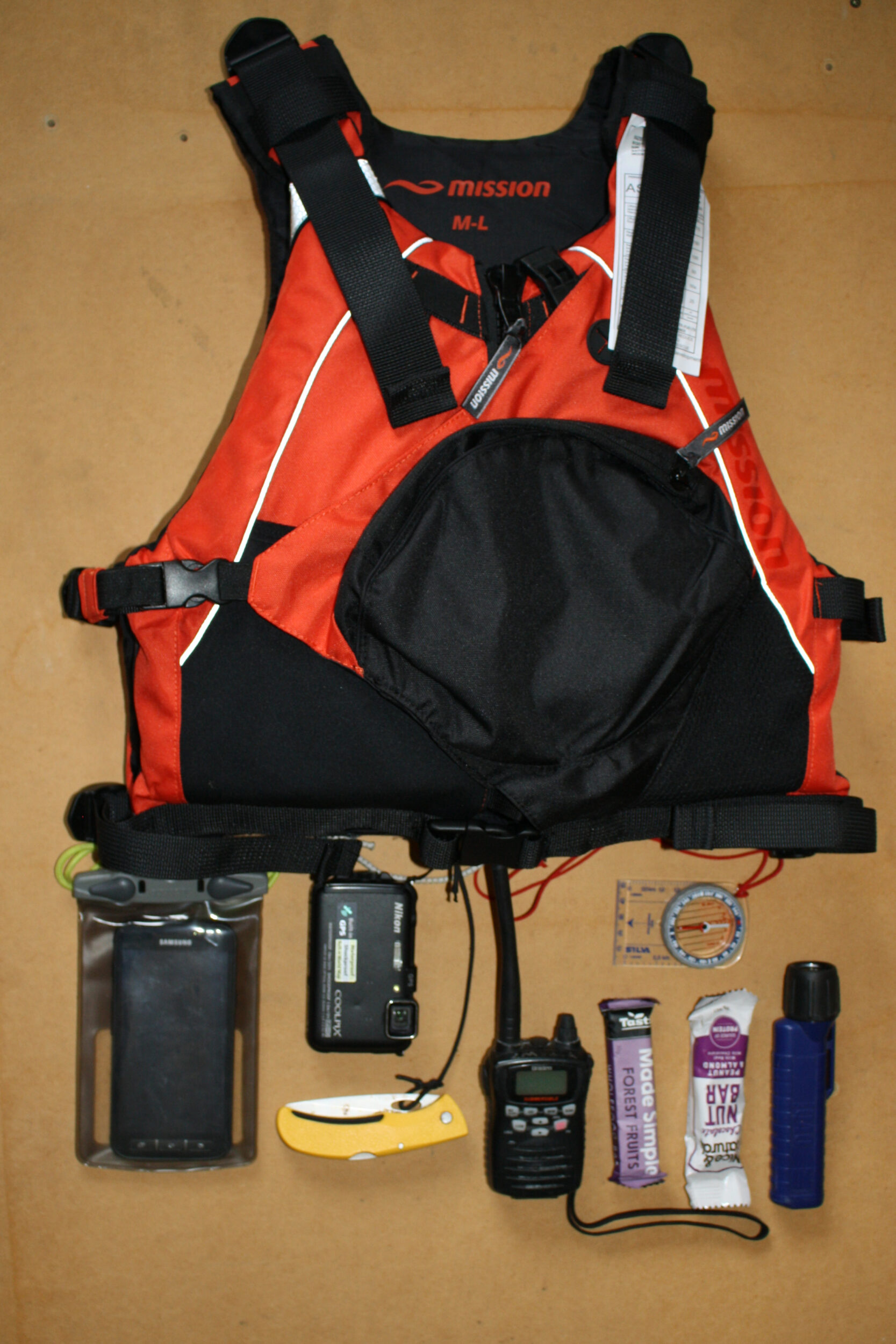 What fits in the pocket of a Mission Quest Sea Kayak PFD