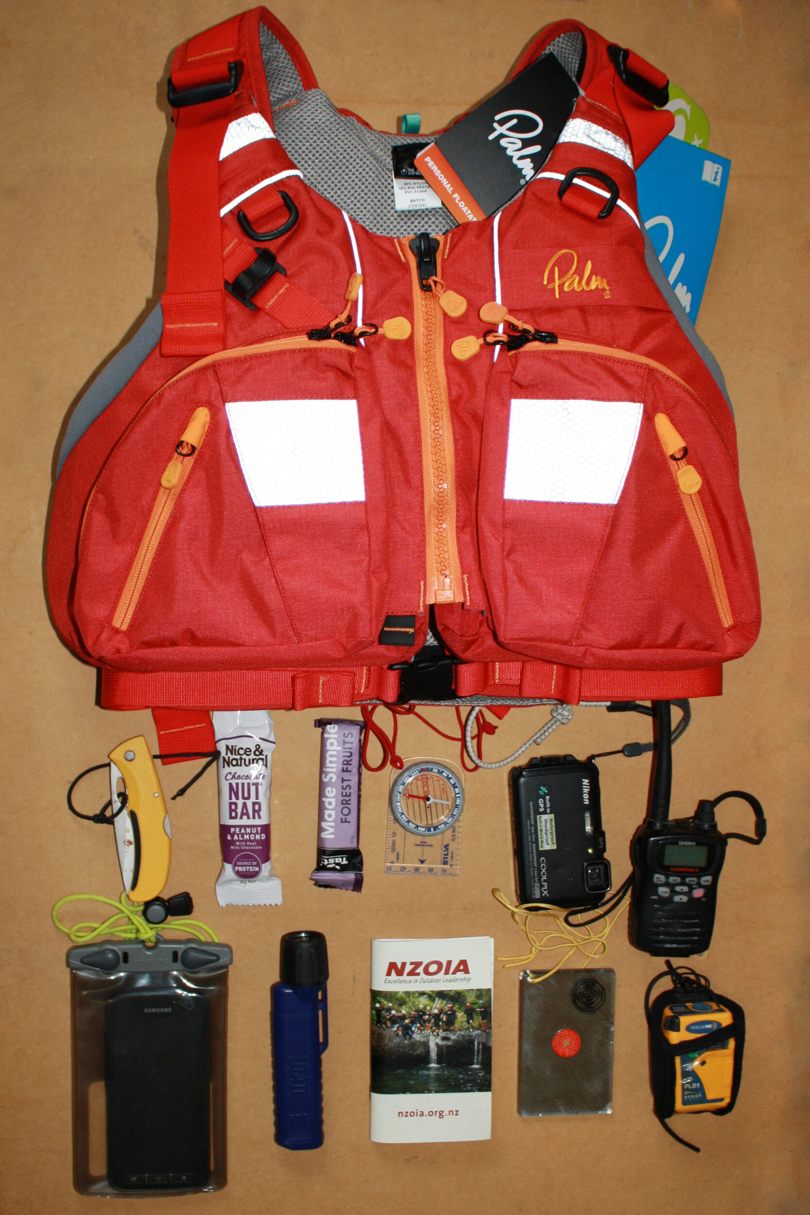 What fits in the pocket of a Palm Kaikoura Sea Kayak PFD
